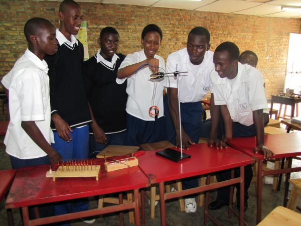 IFAK Students experimenting Electromagnetism
