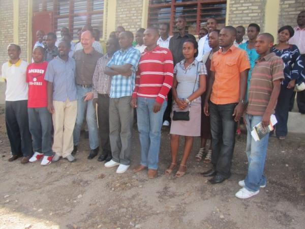 Group photo with trainees and Rhenanie Palatinat Country director at GS Munini