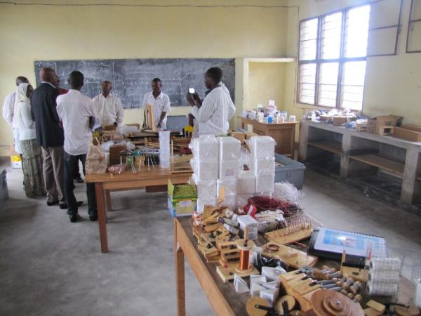 Delivery of lab materials to GS Kavumu Musulman