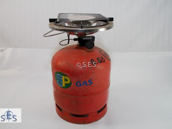 Heater(Gas bottle 3 Kg + autostove)